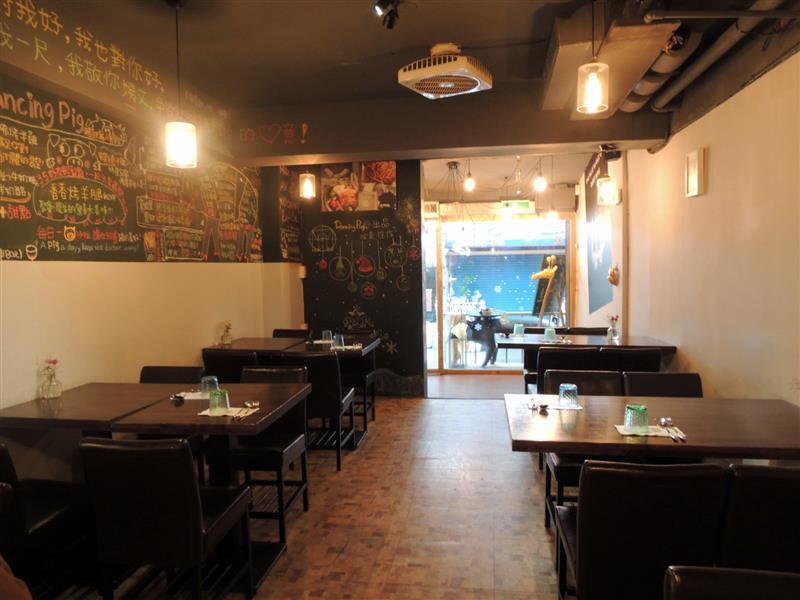 豬跳舞小餐館 009.jpg