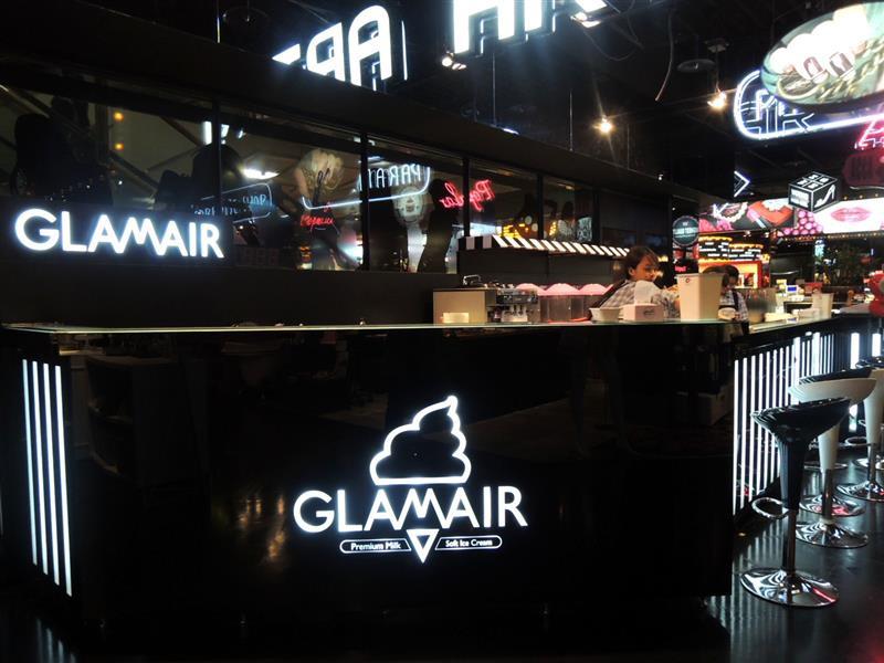 GLAM AIR 001.jpg