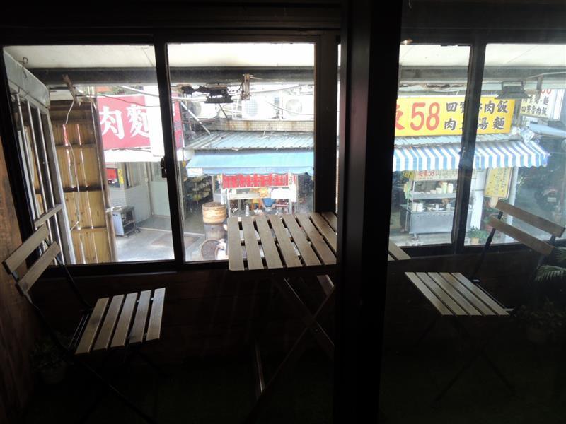 Cloud 9 Cafe 009.jpg