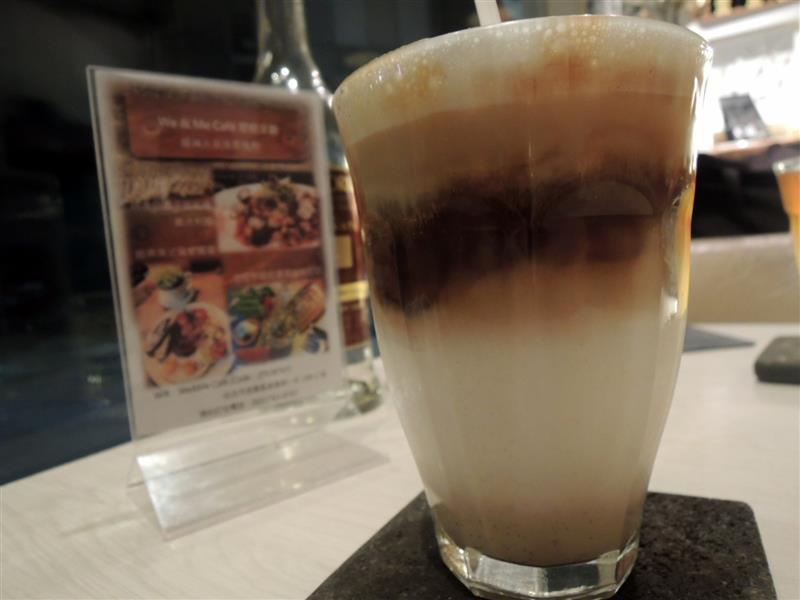 We & Me Cafe 051.jpg