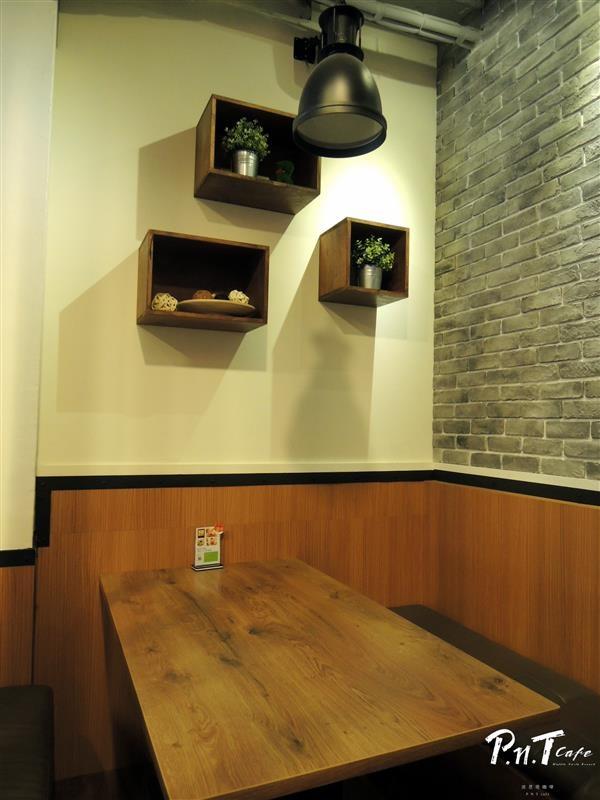 彼恩堤 PNT Cafe 010.jpg
