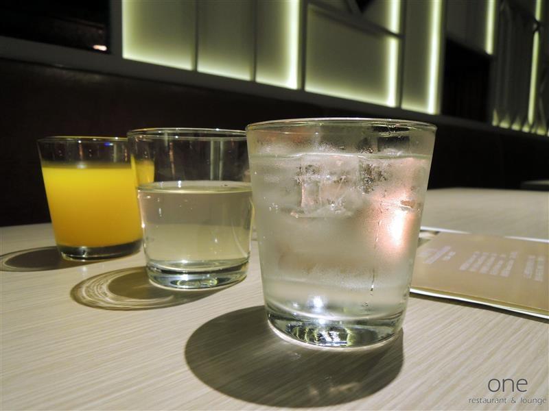 One Restaurant & Lounge 022.jpg