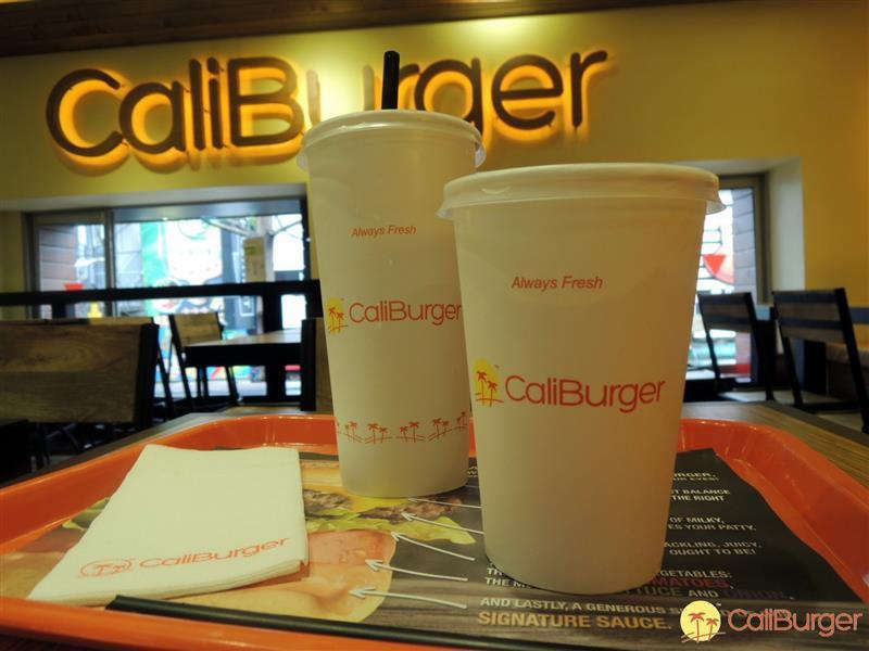 CaliBurger  016.jpg
