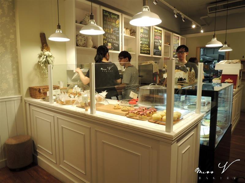 Miss V Bakery 007.jpg