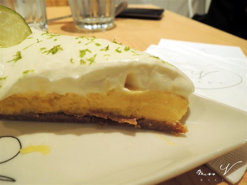 Miss V Bakery 041.jpg