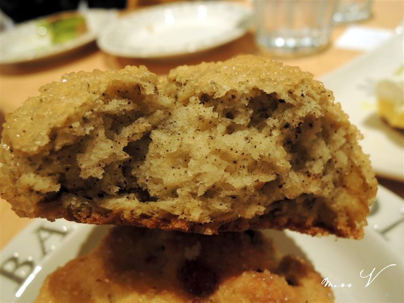 Miss V Bakery 059.jpg