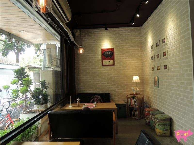 Piglet friendly cafe 彼克蕾友善咖啡館 003.jpg