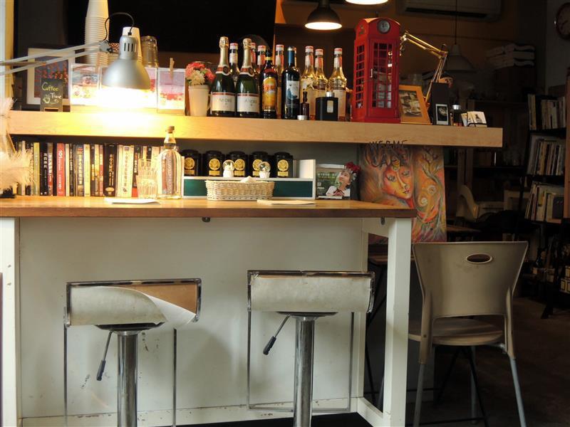 We & Me Cafe  006.jpg