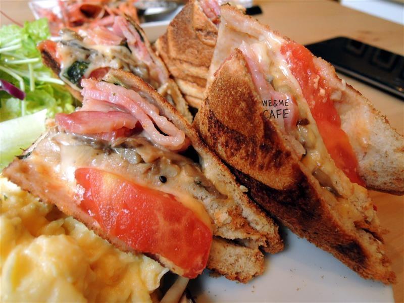 We & Me Cafe  042.jpg