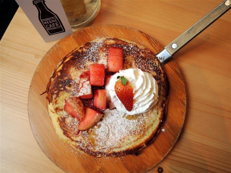 We & Me Cafe  052.jpg