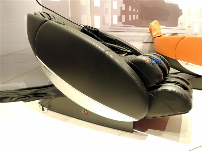 Lifestyle 太空按摩椅 017.jpg