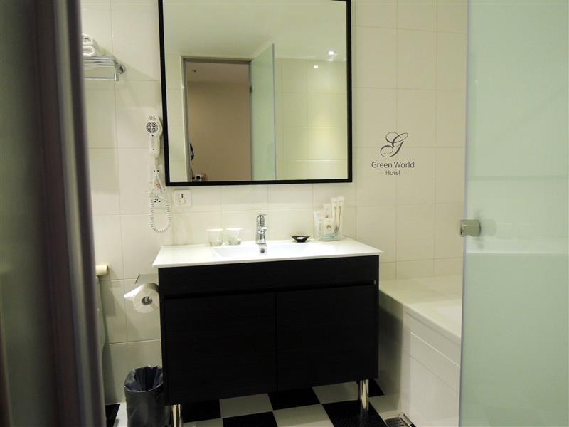Green World Hotel ZhongHua 洛碁中華大飯店 027.jpg