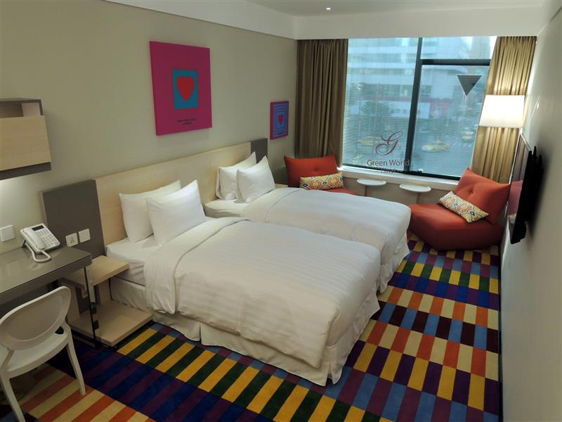 Green World Hotel ZhongHua 洛碁中華大飯店 042.jpg