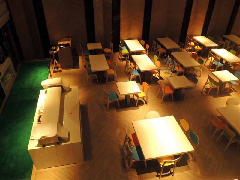 Green World Hotel ZhongHua 洛碁中華大飯店 059.jpg