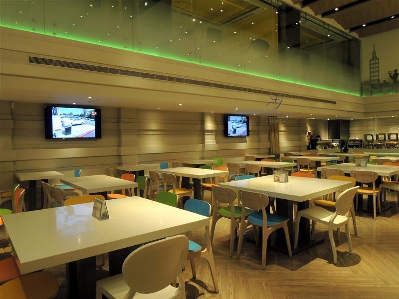 Green World Hotel ZhongHua 洛碁中華大飯店 086.jpg