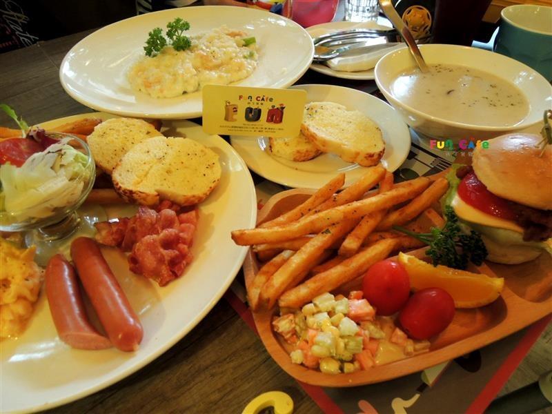 fun cafe 親子餐廳 047.jpg