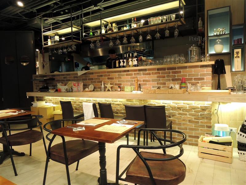 PutiPuti Café 013.jpg