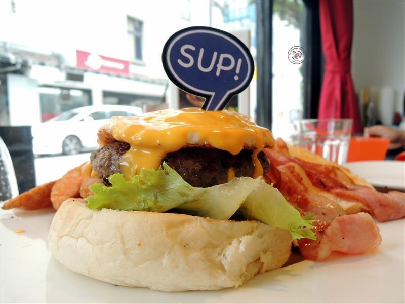 AN Burger 030.jpg