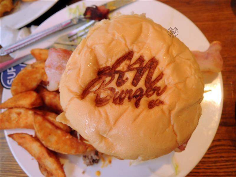 AN Burger 055.jpg