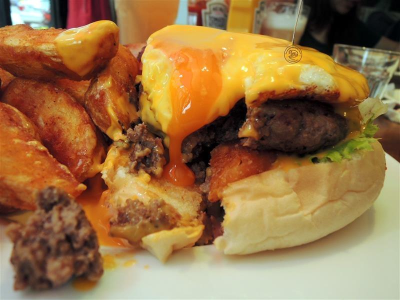 AN Burger 053.jpg