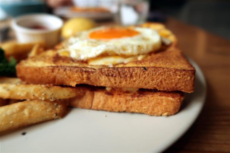 Toast Chat 043.jpg