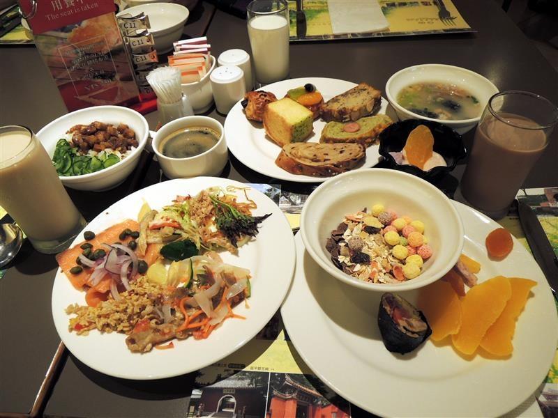 台糖長榮 早餐 177.jpg