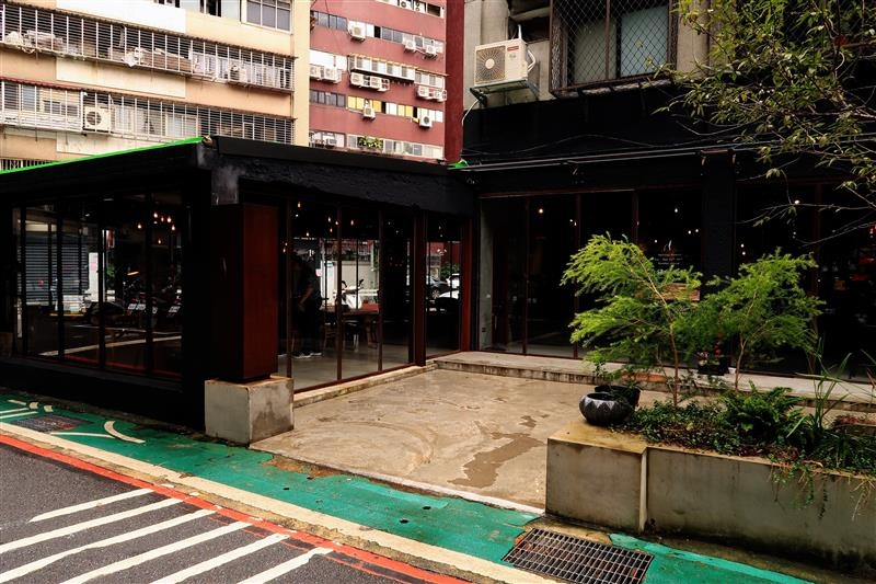 GUMGUM餐酒館 002.jpg