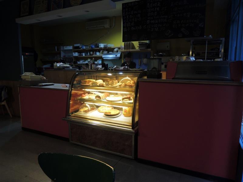 高迪咖啡館 004.jpg