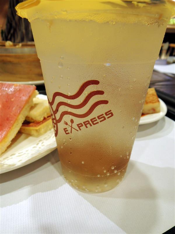新港茶餐廳 015.jpg