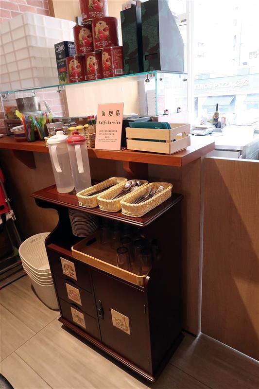 Misha Caffe X Pizzeria007.jpg