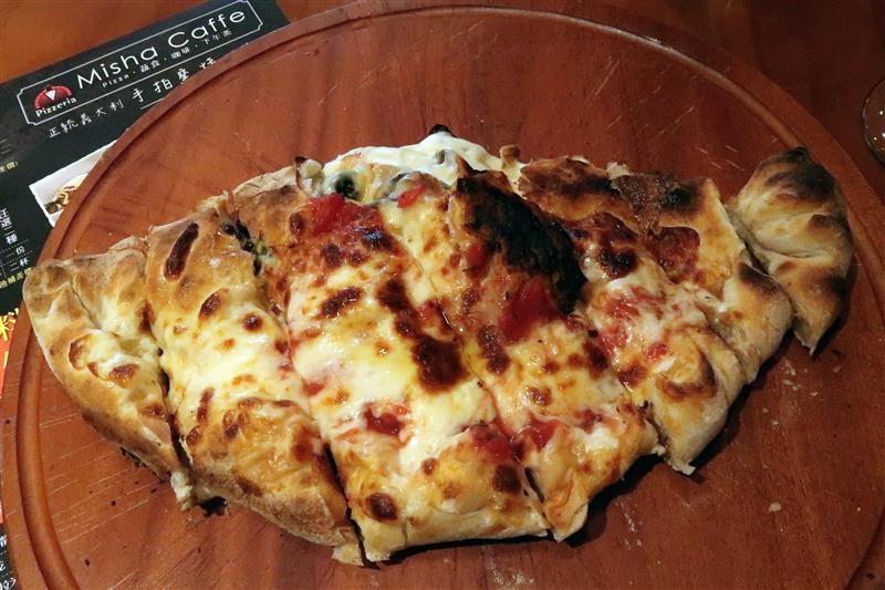 Misha Caffe X Pizzeria017.jpg