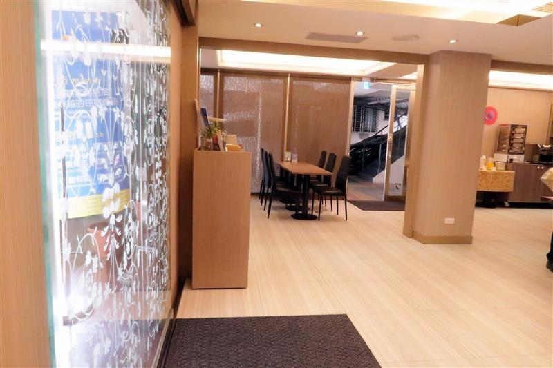 富裕自由連鎖商旅RF HOTEL 建北館 039.jpg
