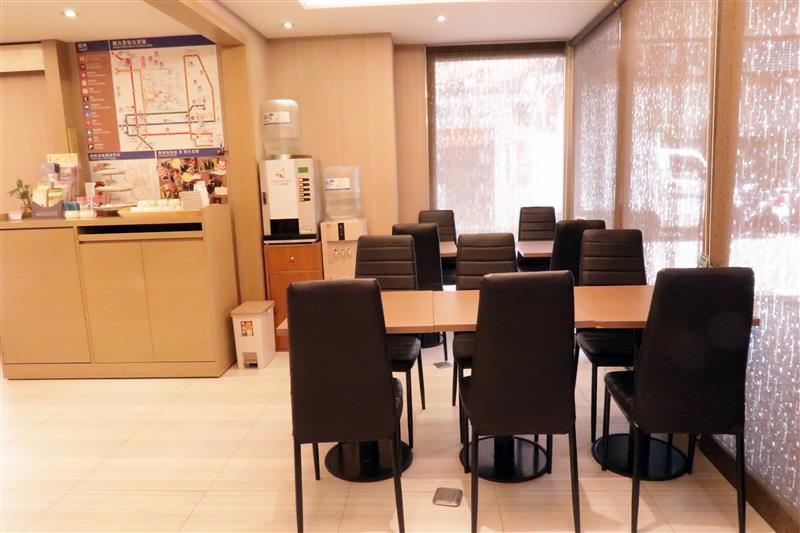 富裕自由連鎖商旅RF HOTEL 建北館 041.jpg