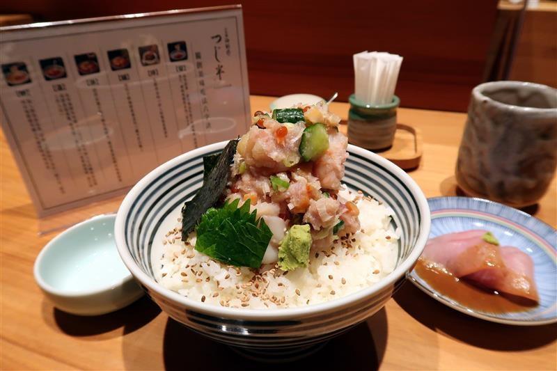 日本橋海鮮丼つじ半 017.jpg