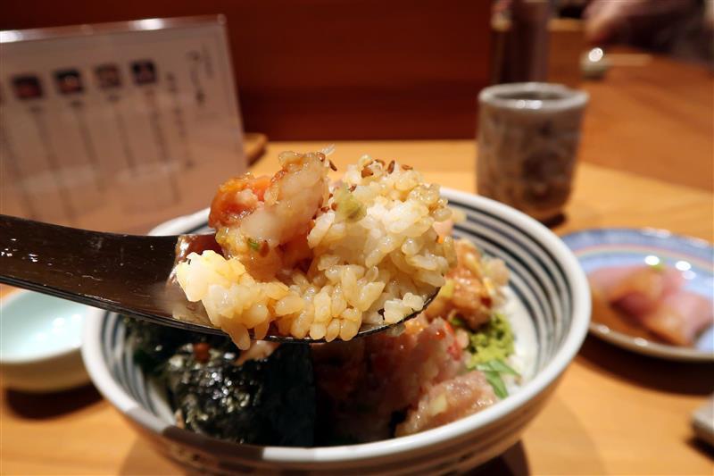 日本橋海鮮丼つじ半 028.jpg