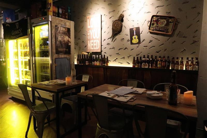 h&w restaurant and bar 013.jpg