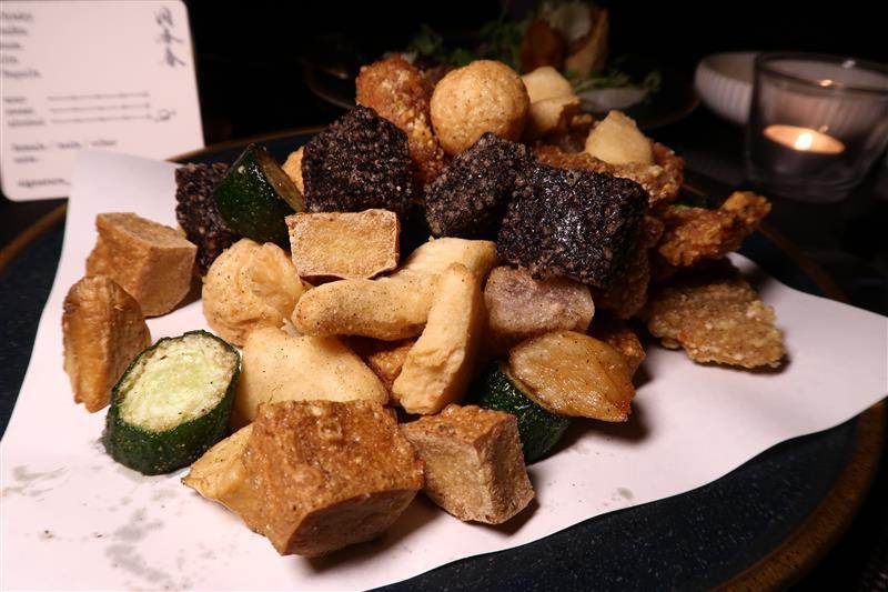 洞香春酒吧 G. Taipei 048.jpg