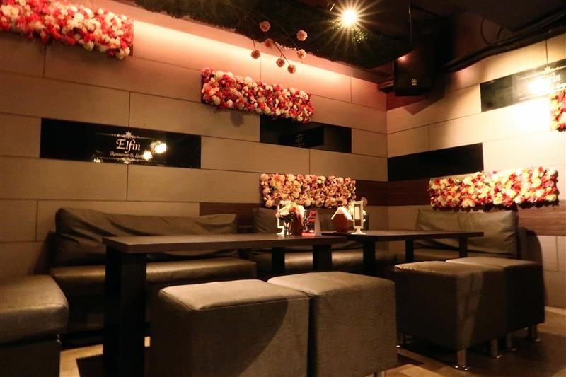 Elfin restaurant & lounge 005.jpg
