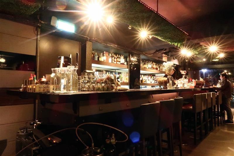 Elfin restaurant & lounge 008.jpg