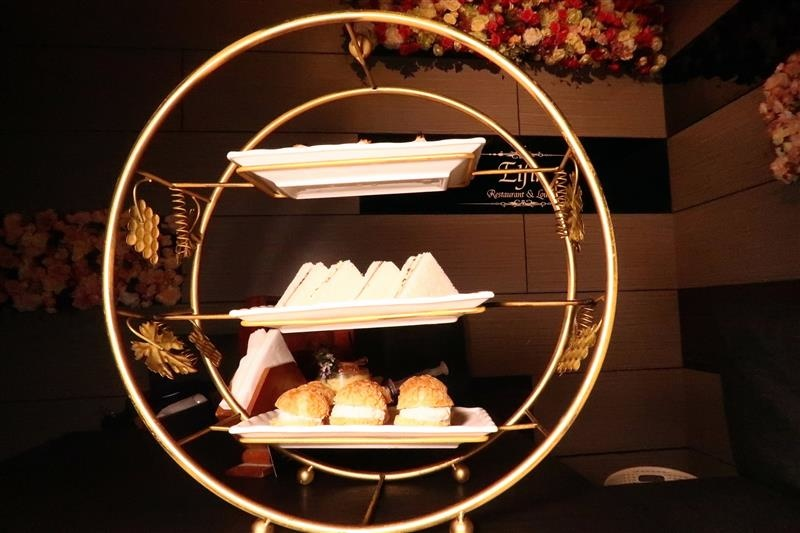 Elfin restaurant & lounge 024.jpg