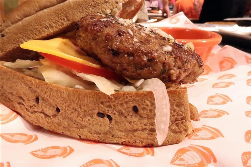 j.j.wagyu burger 009.jpg