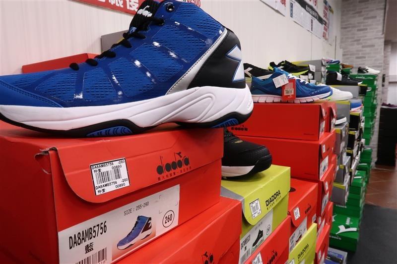 內湖球鞋拍賣  FILA童鞋 038.jpg