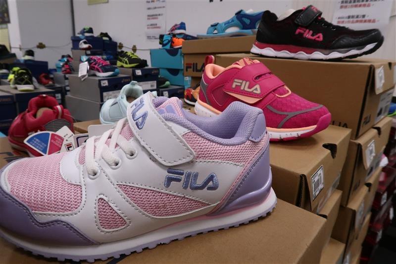 內湖球鞋拍賣  FILA童鞋 074.jpg