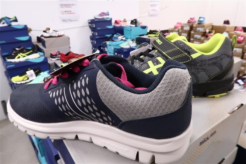 內湖球鞋拍賣  FILA童鞋 084.jpg