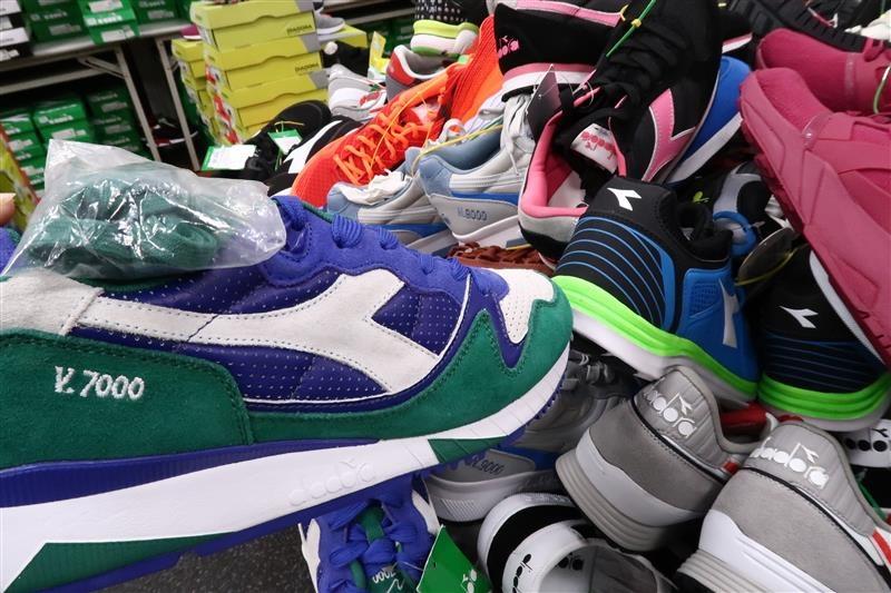 內湖球鞋拍賣  FILA童鞋 135.jpg