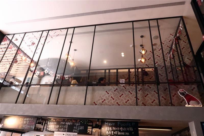 O.L.O CAFE 005.jpg