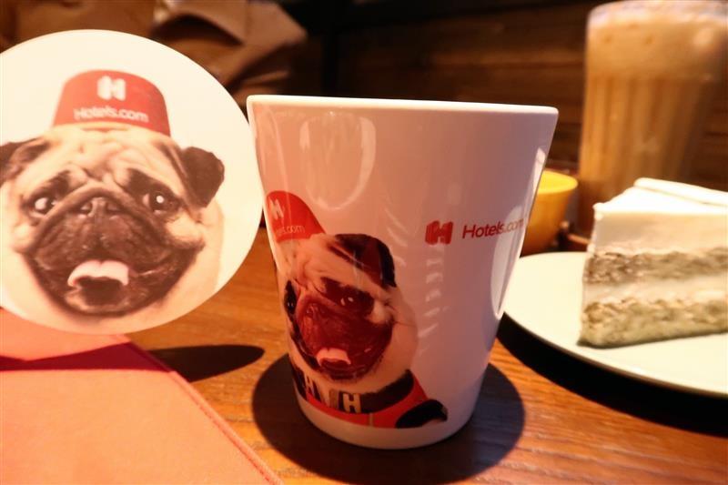 O.L.O CAFE 042.jpg