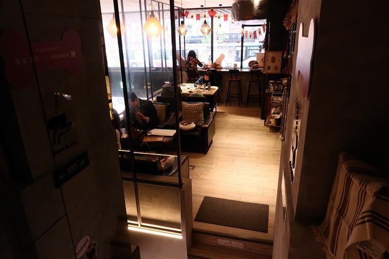 O.L.O CAFE 054.jpg