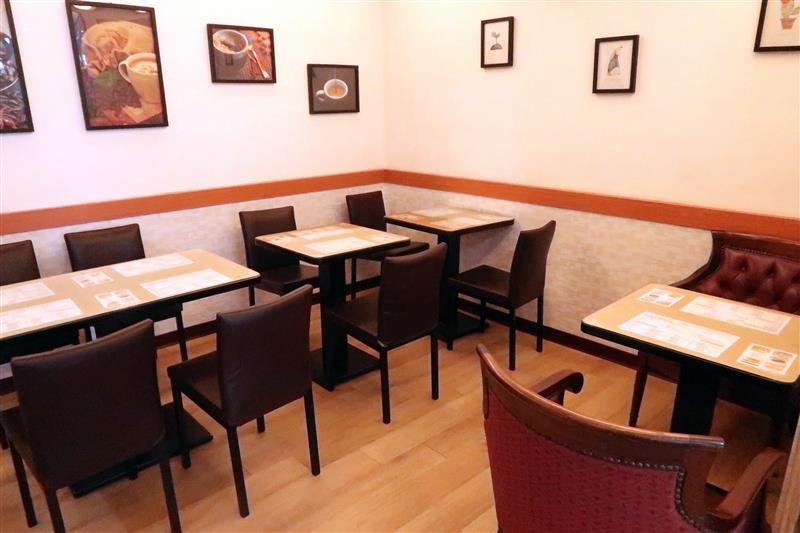 四月羊咖啡館 017.jpg