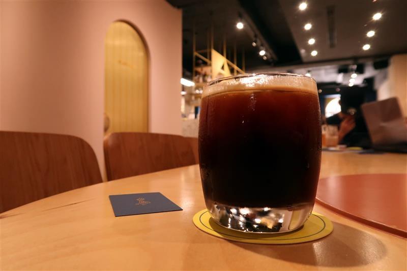 GIN GIN COFFEE 008.jpg